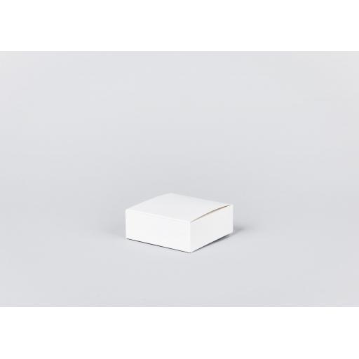 White Gift Box 102 x 102 x 38mm