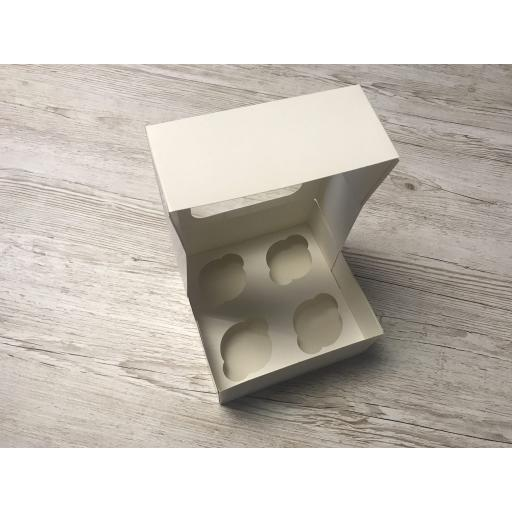 4 Cupcake Box with Window and Insert