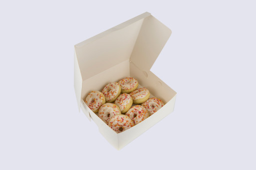 10 Inch Cake Box with Hinged Lid - 4 Inches Tall