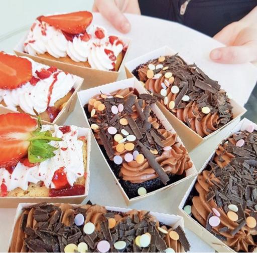 Bake in - Mini Loaf Moulds 80 X 40 x 40 mm